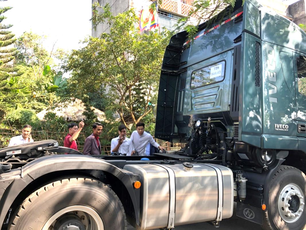 Thành viên Hội xe tải Tây Bắc trải nghiệm xe đầu kéo IVECO-Hongyan